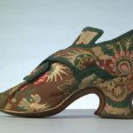 MT.1923 single Chertsey brocade shoe. Large jpg